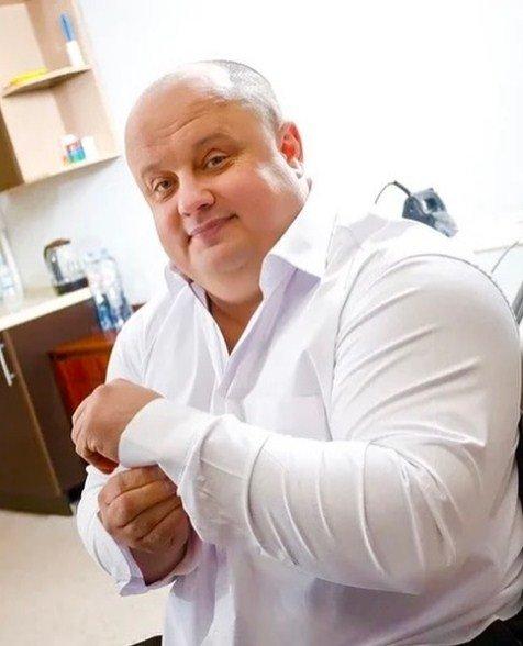 Максим Куст